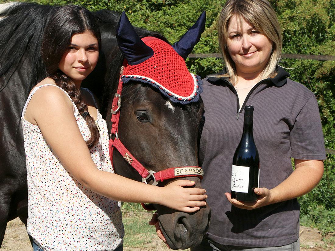 Cécile et Hélène prennent la pose avec Caddy Chance PF Jet.